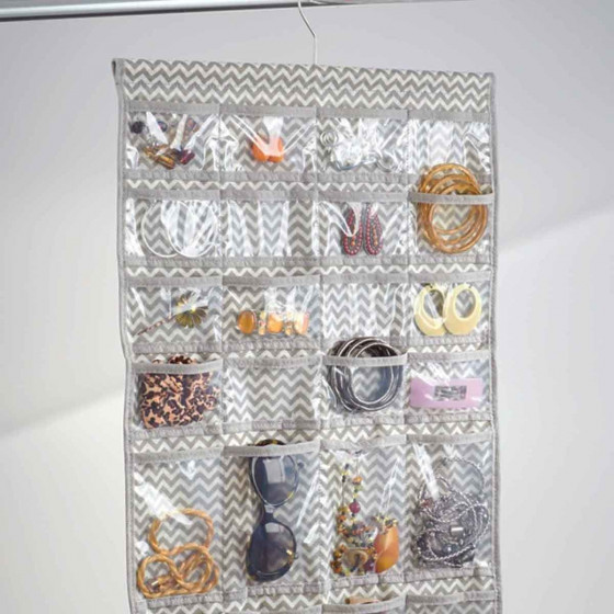 Cintre organisateur de bijoux à 48 poches