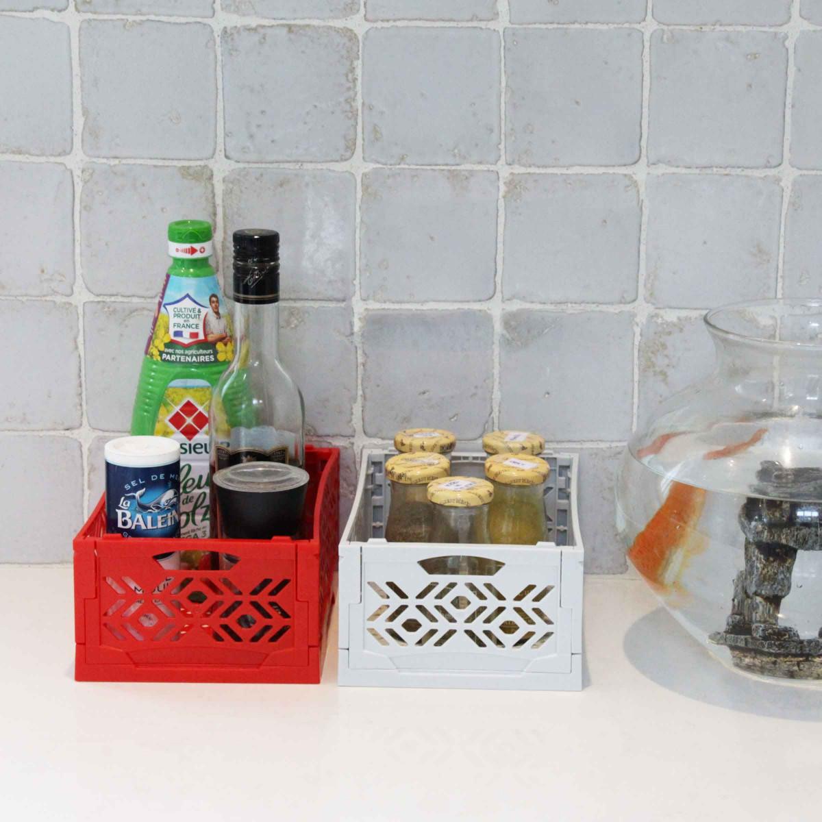 cagette empilable pliable rouge rangement fruits et l gumes. Black Bedroom Furniture Sets. Home Design Ideas