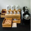 Rangement tasses et capsules en bambou