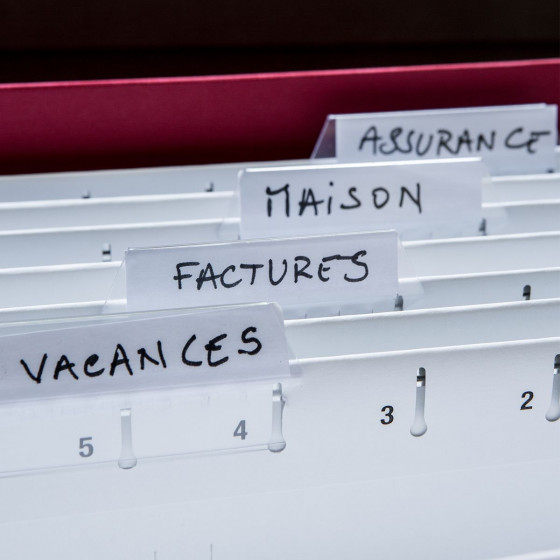 Boîte de classement à dossiers suspendus  rouge