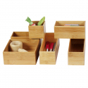 Petit organisateur de tiroirs, rectangulaire et superposable, en bambou. S
