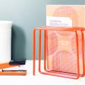 Porte-revues et courriers en métal orange