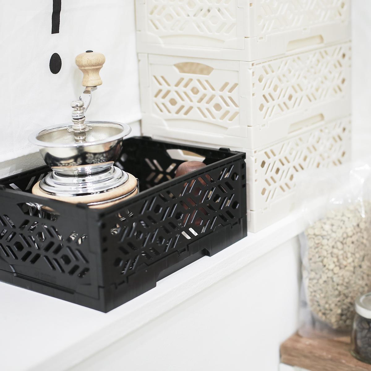 mini cagette noire empilable et pliable. Black Bedroom Furniture Sets. Home Design Ideas