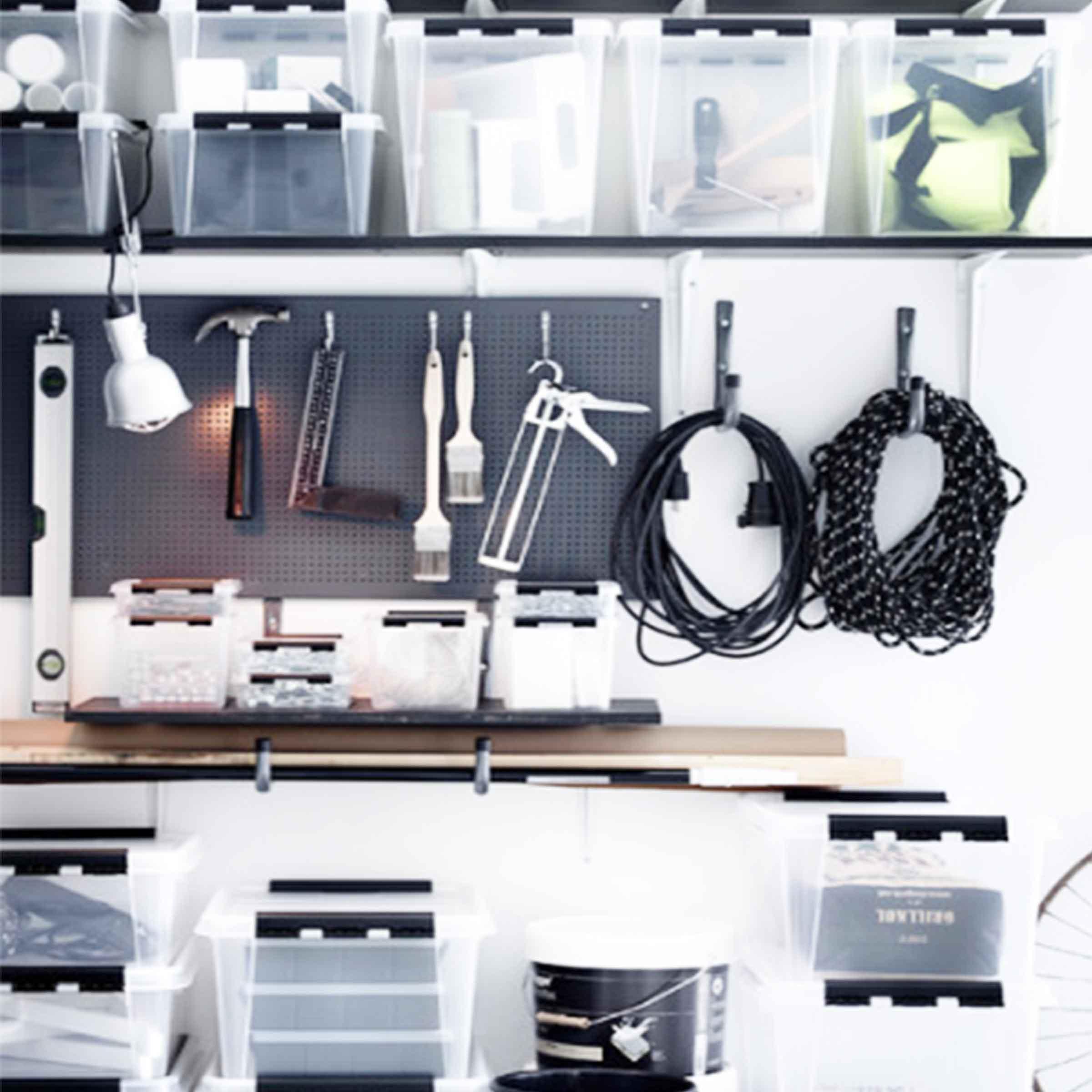 boite de rangement pour outils en plastique blanc translucide avec 2 poignées et couvercle