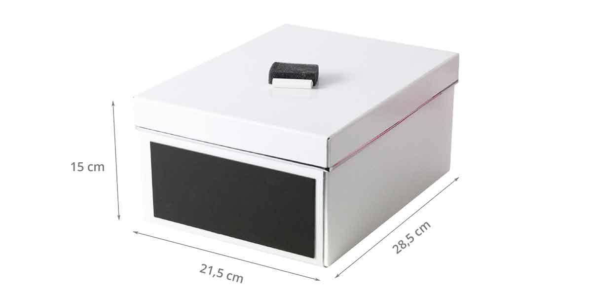 photo caractéristique de la boîte