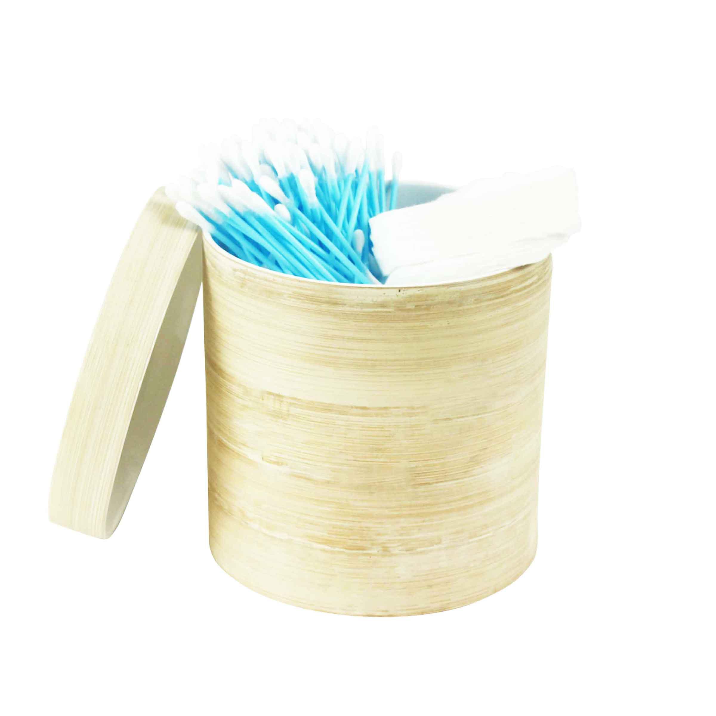 boîte ronde en bambou clair avec couvercle assorti