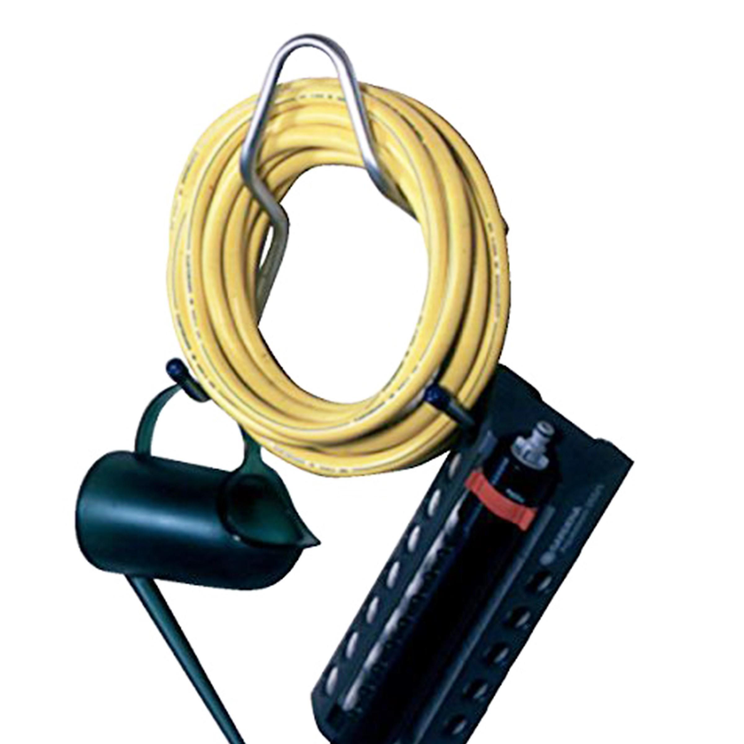 Support d'extérieur pour tuyau d'arrosage et fils électriques