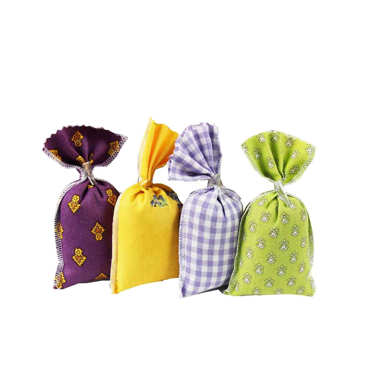 4 Sachets en tissu contenant des fleurs de lavande séchée de Provence