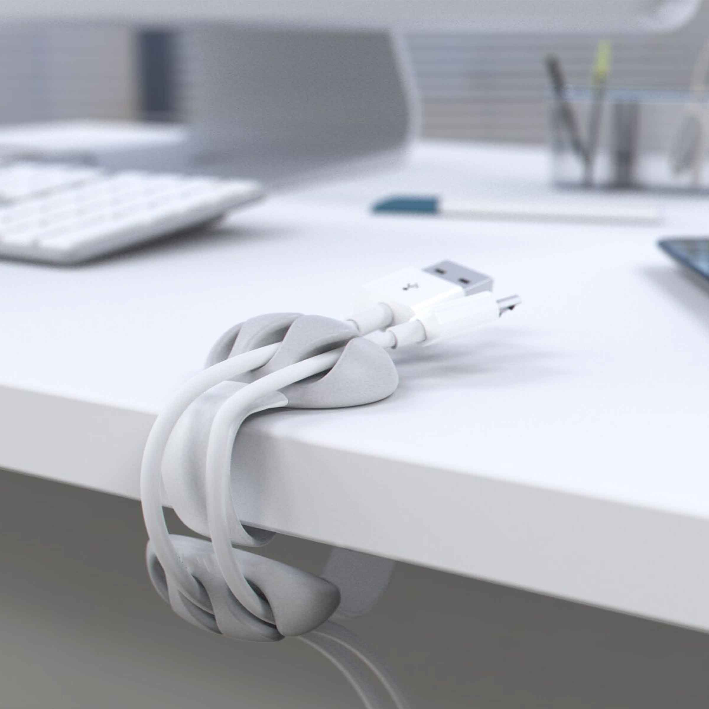 Attache blanche clipsable en plastique pour câbles électriques