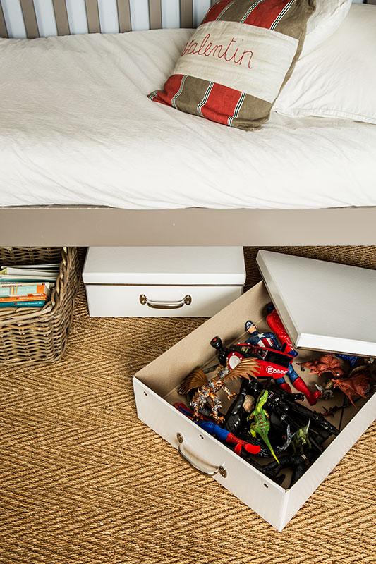 rangement sous le lit